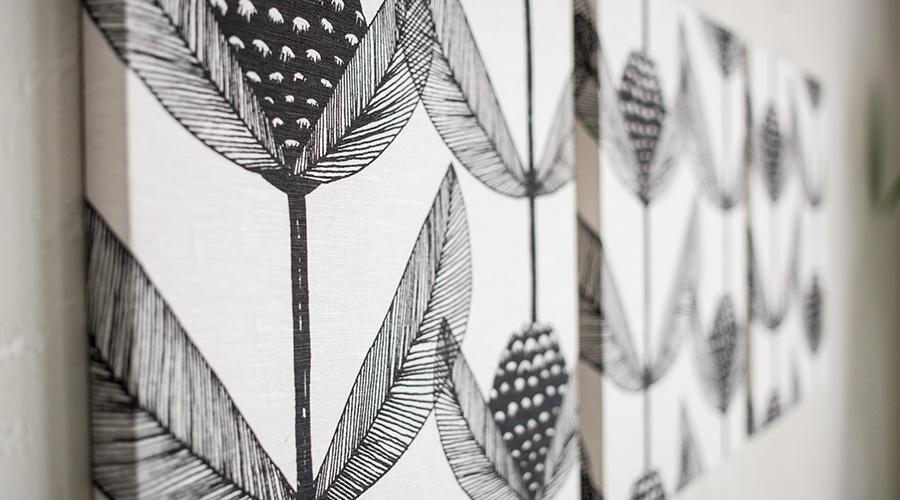 ブラックベリーを単色の線画でデザイン化